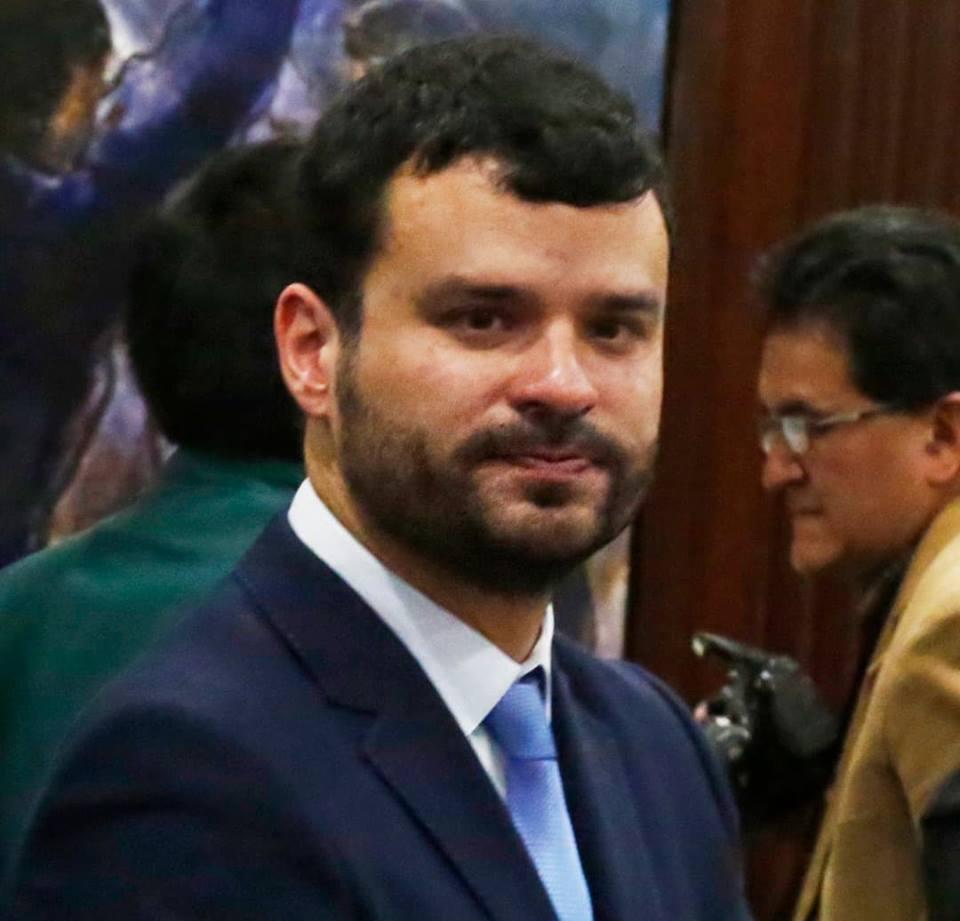 Manuel Canelas, el primer ministro gay que acompaña a Evo en su gabinete