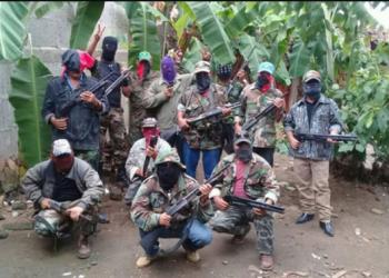Los grupos paramilitares del régimen de Ortega están conformados por antiguos militares sandinistas, ex miembros de las fuerzas de seguridad y delincuentes. Raramente se muestran con el rostro descubierto (fotos: gentileza La Prensa/Nicaragua)