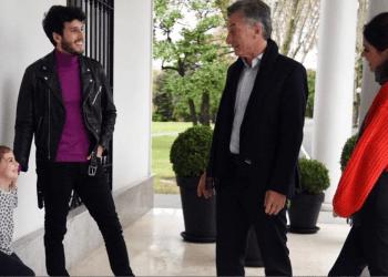 Sebastián Yatra visitó la Quinta de Olivos para conocer a la familia presidencial. (Fuente: Instagram @juliana.awada).
