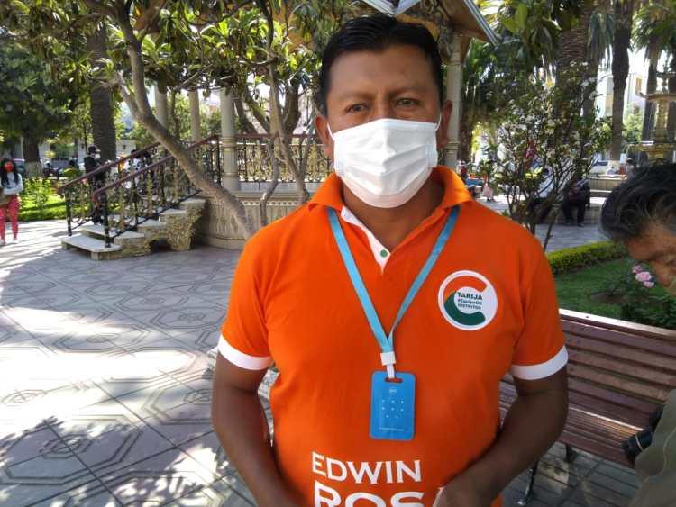 El Diputado, Edwin Rosas