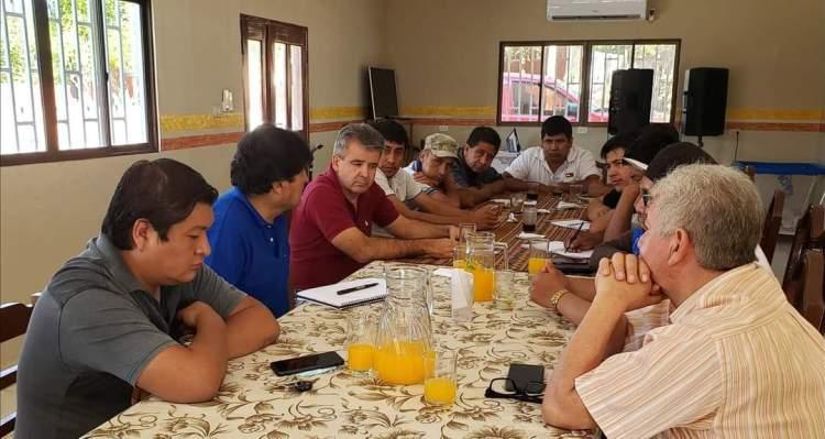 Carlos Brú desayuna con Evo junto a Rubén Vaca a mediados de diciembre.