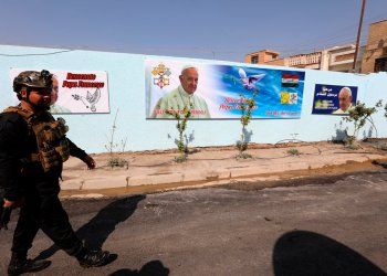El sumo pontífice, que retoma sus visitas internacionales tras 15 meses, será el primero en llegar a la tierra del profeta Abraham, a la que tanto Juan Pablo II y Benedicto XVI quisieron viajar pero nunca lo consiguieron