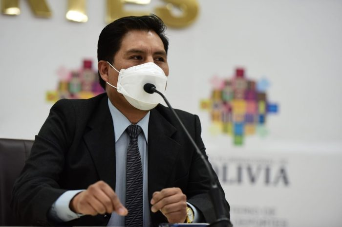 El ministro de Salud y Deportes, Jeyson Auza. Foto- Álvaro Valero.