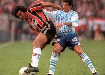 Robert Lima defendió los colores de Chacarita en la temporada 99-2000 (Fotobaires)