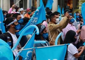 Aglomeraciones en elecciones en la Uagrm. Foto: Ricardo Montero