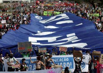 La izquierda brasileña llama a tomar nuevamente las calles contra Bolsonaro Foto: Sputnik Mundo .