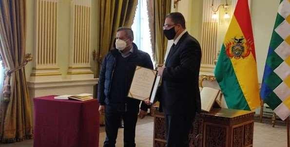 Héctor Arce Zaconeta, exministro de Justicia, juró este viernes como nuevo representante de Bolivia ante la Organización de Estados Americanos (OEA)