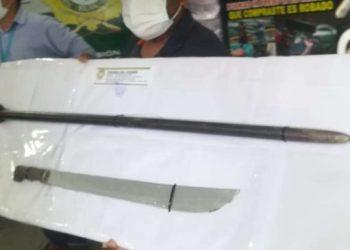 La FELCC muestra las armas que utilizaron para matar al hombre