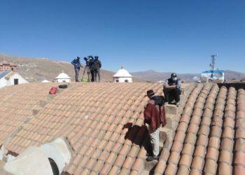 El equipo de Telemundo en la ciudad de Potosí. EL POTOSÍ