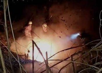 Los bomberos sofocan un punto de calor en la zona de Tabladita II