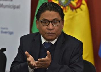El ministro Iván Lima