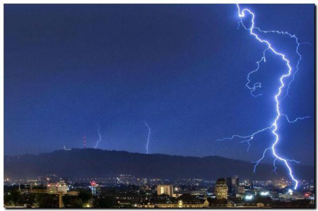 PLAYAS: Avanza normativa para resguardar a ciudadanos ante tormentas eléctricas