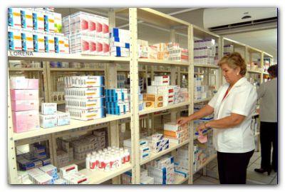 SALUD: Farmacias amenazan con suspender servicio de PAMI