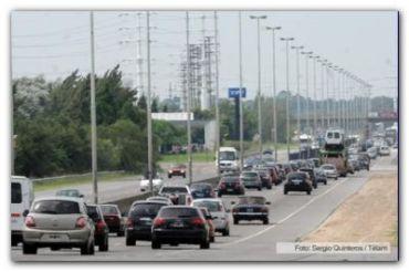 TURISMO: Más de 1.000 autos por hora se trasladaban a la Costa por las vacaciones