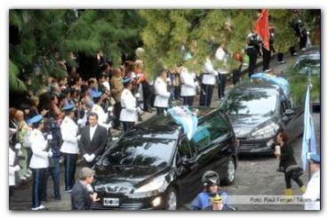 INCENDIO EN BARRACAS: El arzobispo de Buenos Aires despidió en la Chacarita a los bomberos fallecidos en el incendio