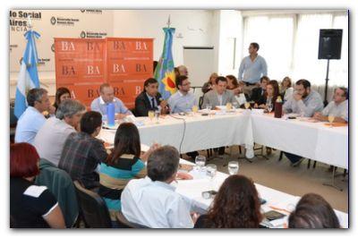 MUNICIPIOS: Se realizó un encuentro de trabajo con 42 municipios en Desarrollo Social