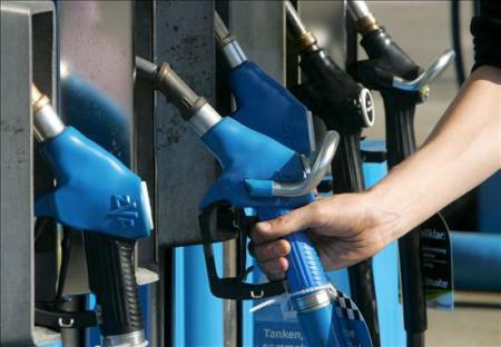 IMPUESTOS: Cortes de las provincias apuntan a la tasa a la nafta