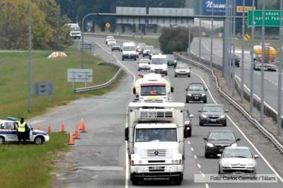 TURISMO: Circulan 1.900 vehículos por hora hacia la Costa Atlántica