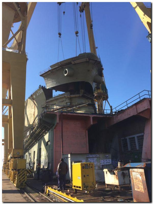 ARS montó el último bloque del buque petrolero Juana Azurduy