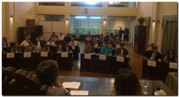 POLÍTICA: Seminario para concejales y consejeros electos