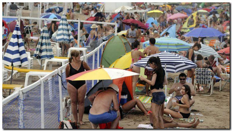 VERANO 2017: Se achicaron las playas públicas de Mar del Plata