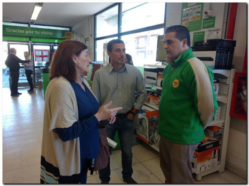 BOLSAS PLÁSTICAS: Concejales del Frente Renovador visitan supermercados