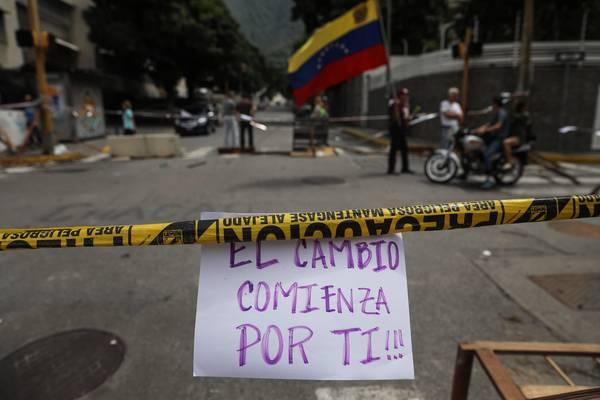 VENEZUELA: La UE urge a evitar una «intervención militar»