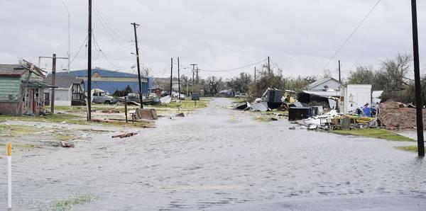 EEUU: Huracán causa al menos 5 muertos