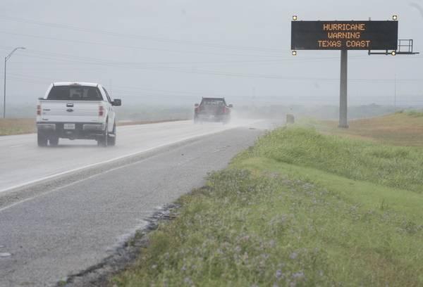 EL MUNDO: Huracán Harvey amenaza a Texas