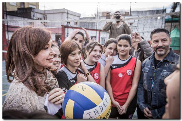 ELECCIONES 2017: Cristina «hay que expresar un límite a todo esto»