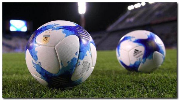 Este viernes vuelve el fútbol local de primera y el campeonato tiene nuevo nombre