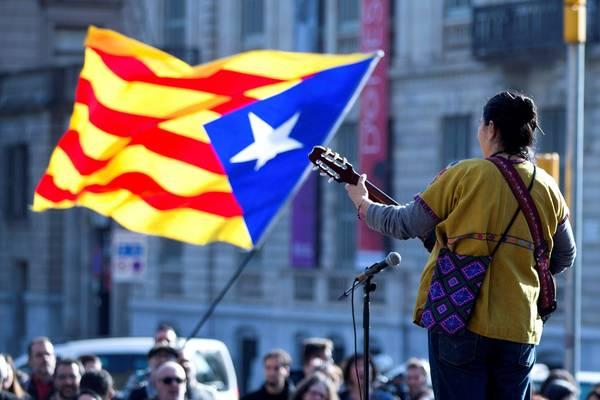 ESPAÑA: Independentistas cambian de plan