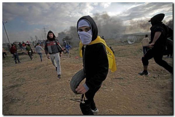 EL MUNDO: Ira y violencia, cuatro palestinos muertos