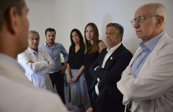 "PROVINCIA: Vidal visito el hospital ""Del Cruce"" junto a Stanley"