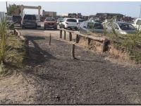 Reponen postes que habían sido robados de las bajadas de vehículos