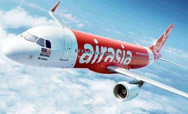 Indonesia apunta a que el avión malasio perdido se hundió en el mar