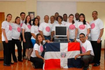 Hoteles Accor dona computadoras a Muchachos con Don Bosco