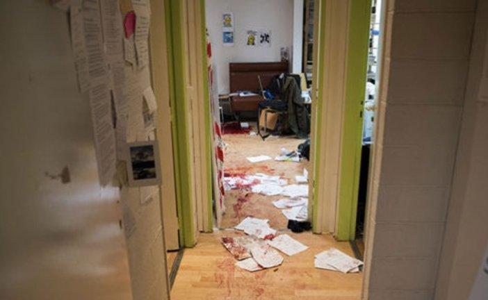 La primera imagen de la escena del interior de la redacción de Charlie Hebdo en París