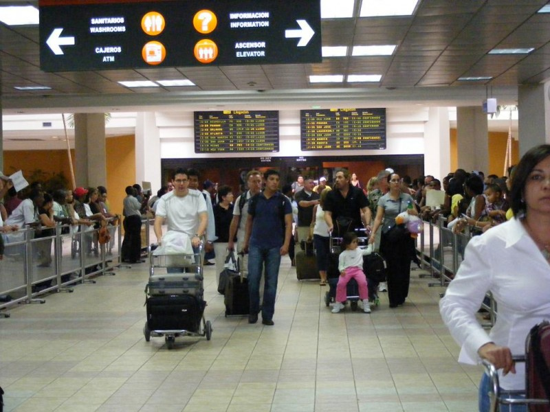 Refuerzan dispositivos seguridad en los aeropuertos dominicanos