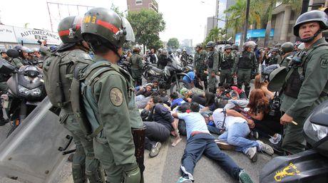 """HRW: """"Existe un uso excesivo de la fuerza en Venezuela"""""""