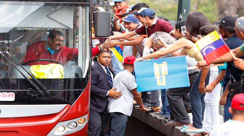 """Maduro regresa """"a rendir cuentas al pueblo"""""""