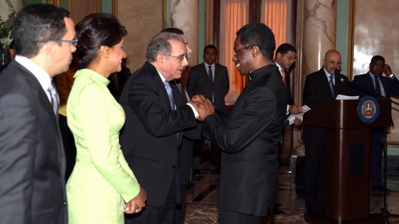 El presidente Medina recibe los saludos de Año Nuevo