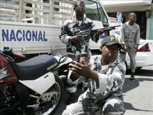 PN captura tres hombres asesinaron mayor de la Armada