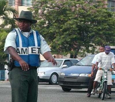 Multan con RD$50 mil hombre arrolló moto de AMET