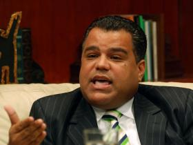 Senador Galán condena la matanza de San Cristóbal
