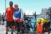 Una pareja australiana le da la vuelta al mundo