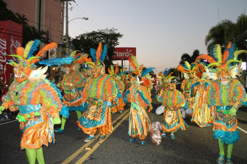 Mañana es el Carnaval del Distrito Nacional; participarán 116 comparsas