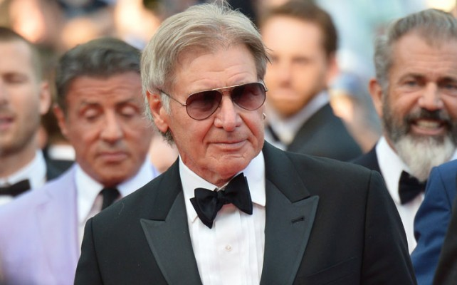 Harrison Ford, en condición estable luego de que se estrellara la avioneta que piloteaba