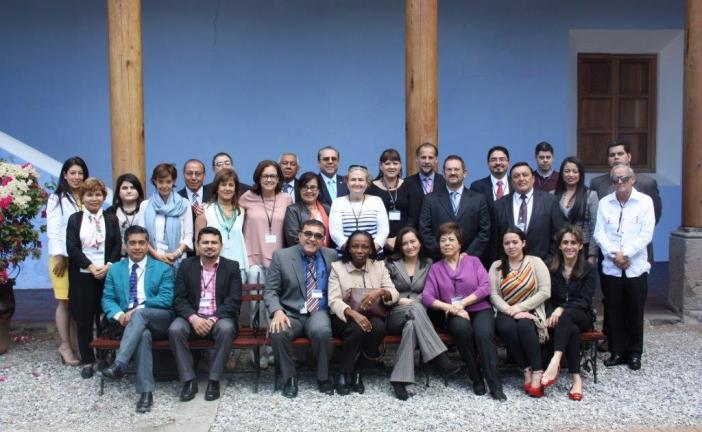Ministerio de Salud presentó en Guatemala avances de las política en materia de drogas