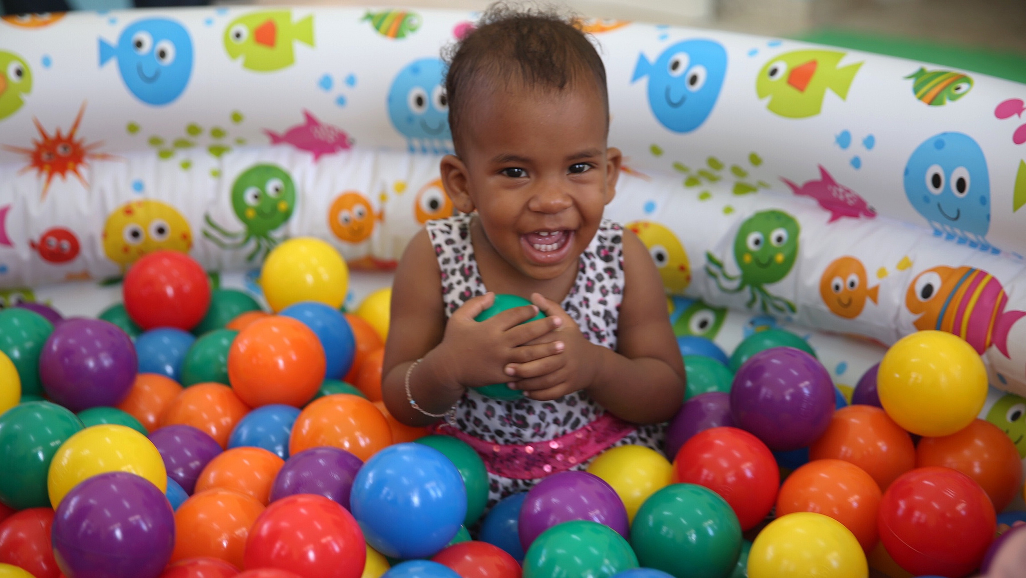 Presidente entrega dos estancias infantiles en Moca, beneficiarán 3,396 familias